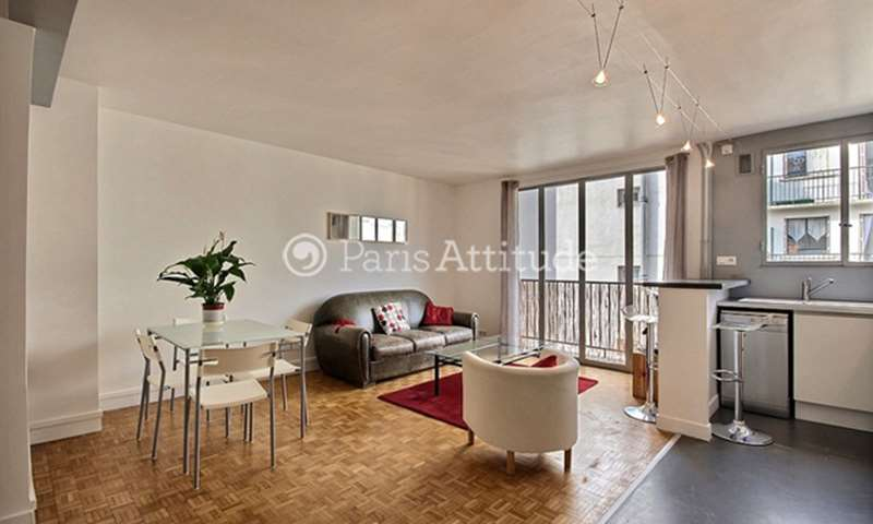 Rent Apartment 1 Bedroom 49m² rue du Mont Cenis, 18 Paris