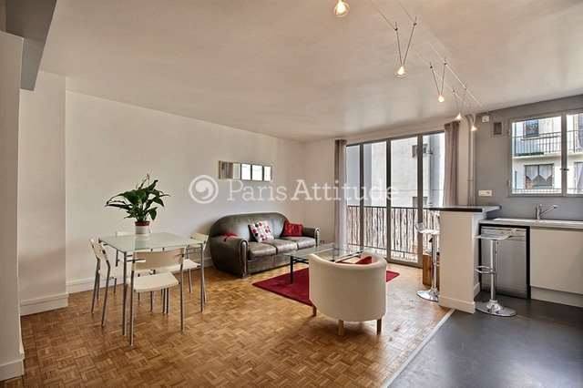 Louer Appartement meublé 1 Chambre 49m² rue du Mont Cenis, 75018 Paris