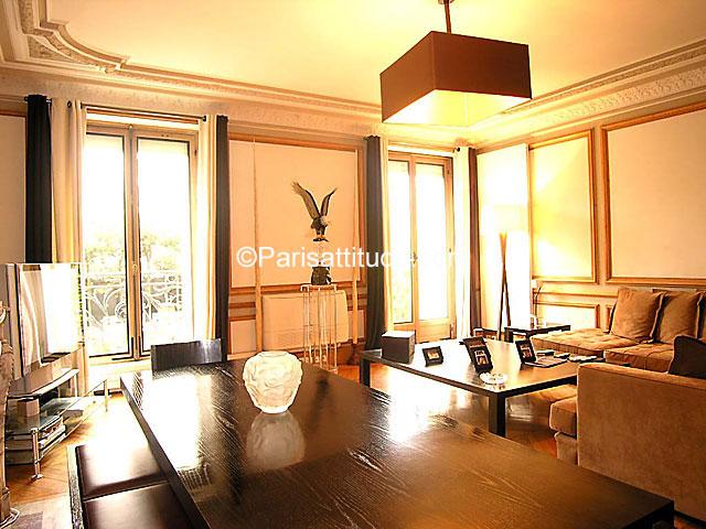 louer un appartement paris 100 m trocadero champs elysees 1202. Black Bedroom Furniture Sets. Home Design Ideas