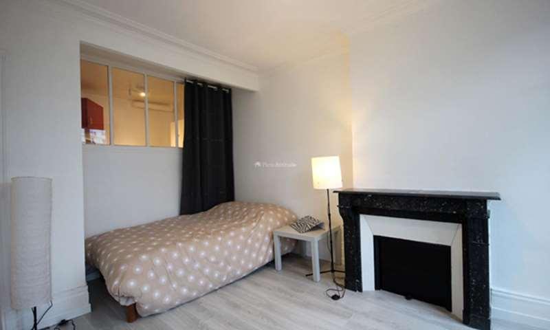 Rent Apartment Studio 30m² avenue Charles de Gaulle, 92200 Neuilly sur Seine