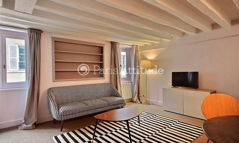 Rent Apartment 2 Bedroom 51m² rue de Bourgogne, 75007 Paris