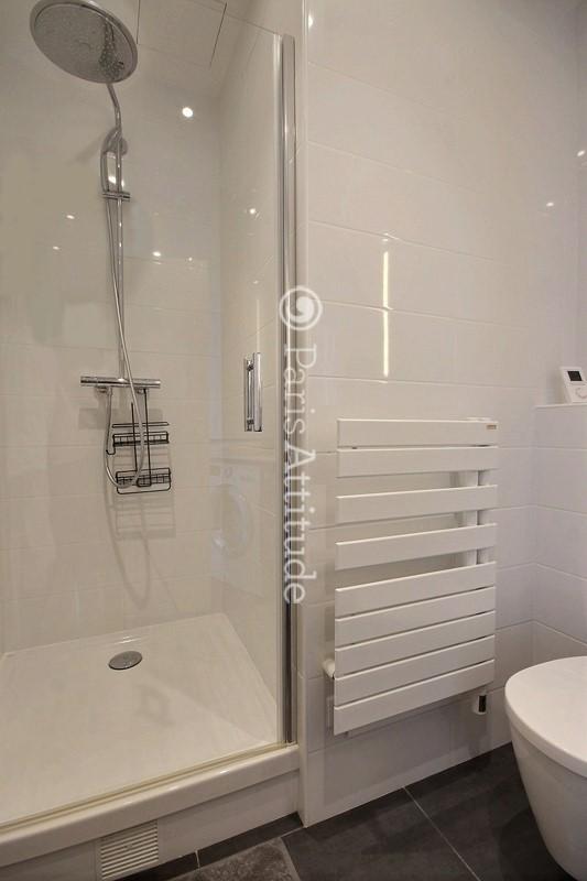 Rent apartment in paris 75009 20m madeleine opera - Integrer machine a laver dans salle de bain ...