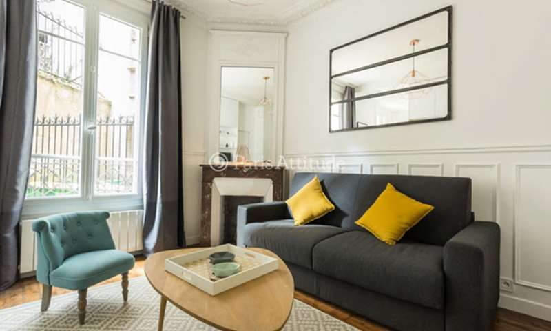 Location Appartement Studio 17m² rue Saint Vincent, 18 Paris