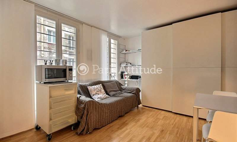 Rent Apartment 1 Bedroom 27m² rue Burq, 75018 Paris