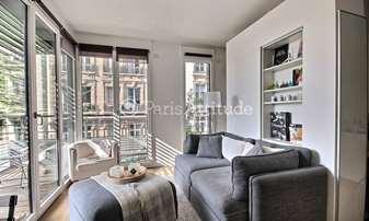 Rent Apartment Studio 34m² rue du Rocher, 8 Paris