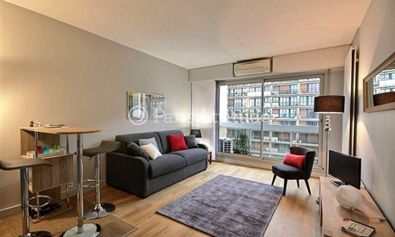 Rent Apartment Studio 25m² boulevard de Grenelle, 75015 Paris