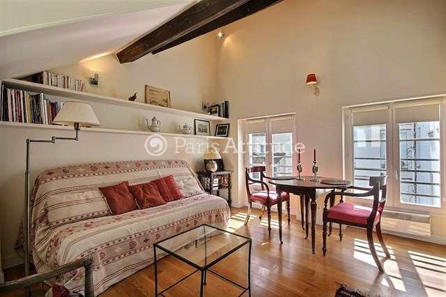 Louer Appartement meublé Alcove Studio 28m² rue des Francs Bourgeois, 75004 Paris