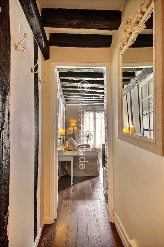 Louer un appartement paris 75006 26m saint germain for Louer chambre sans fenetre