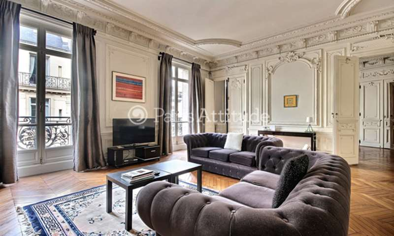 Rent Apartment 2 Bedroom 175m² rue Portalis, 75008 Paris