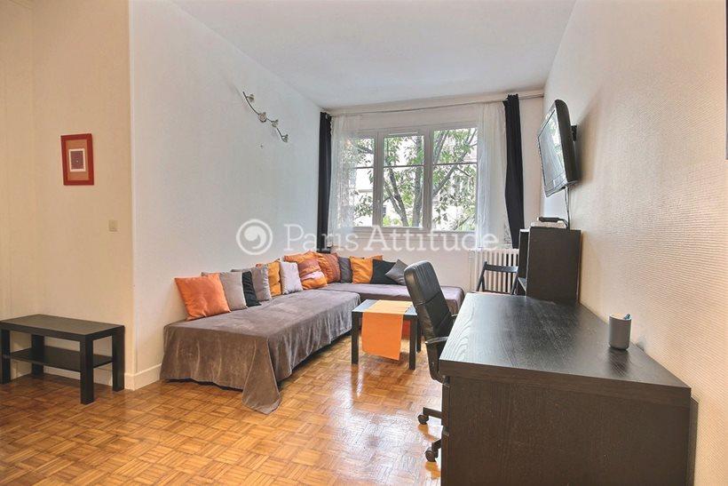 Rent furnished Apartment 1 Bedroom 40m² rue du Faubourg Saint Martin, 75010 Paris