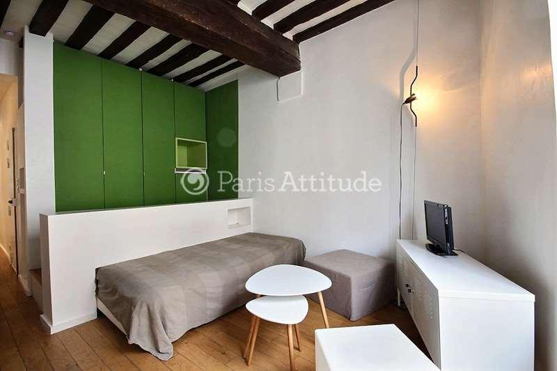 Louer un appartement paris 75002 40m montorgueil ref 12276 for Louer une chambre sans fenetre
