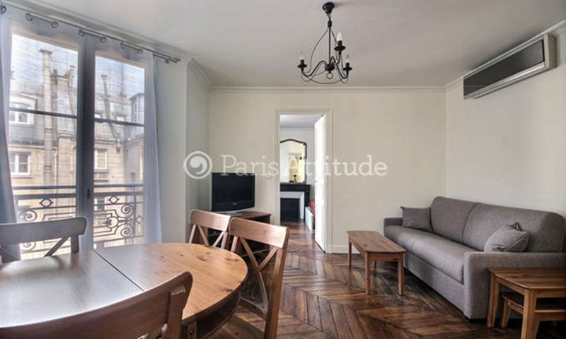 Rent Apartment 1 Bedroom 38m² rue de Rivoli, 75004 Paris