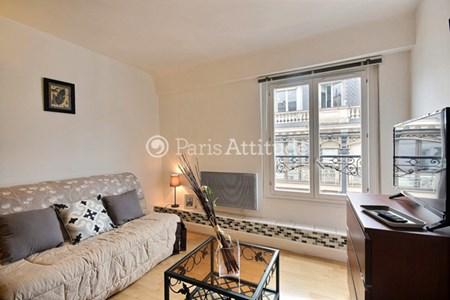 louer un appartements meubl situ dans le quartier grands magasins la fayette. Black Bedroom Furniture Sets. Home Design Ideas