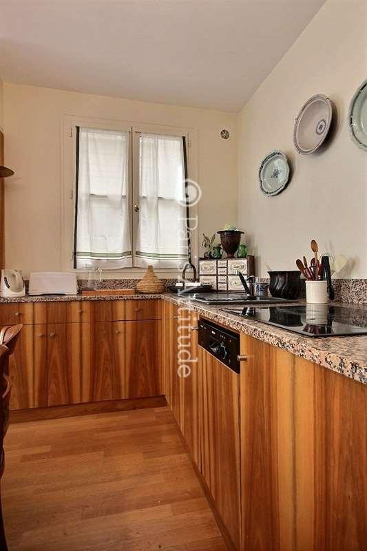 Louer un appartement paris 75006 75m luxembourg ref for Louer une chambre sans fenetre