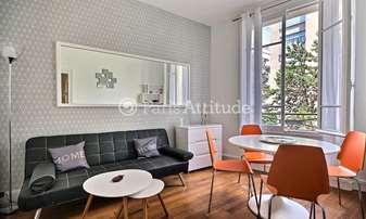 Rent Apartment 1 Bedroom 36m² rue Des Renaudes, 17 Paris