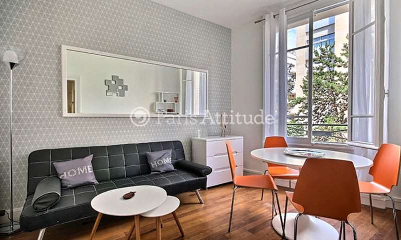 Rent Apartment 1 Bedroom 36m² rue Des Renaudes, 17 Paris