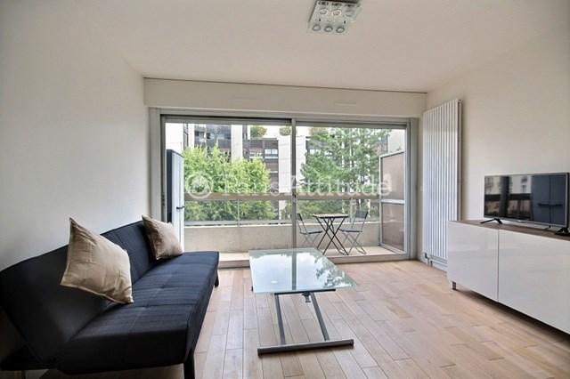 Rent Apartment Studio 22m² rue Aumont Thieville, 75017 Paris