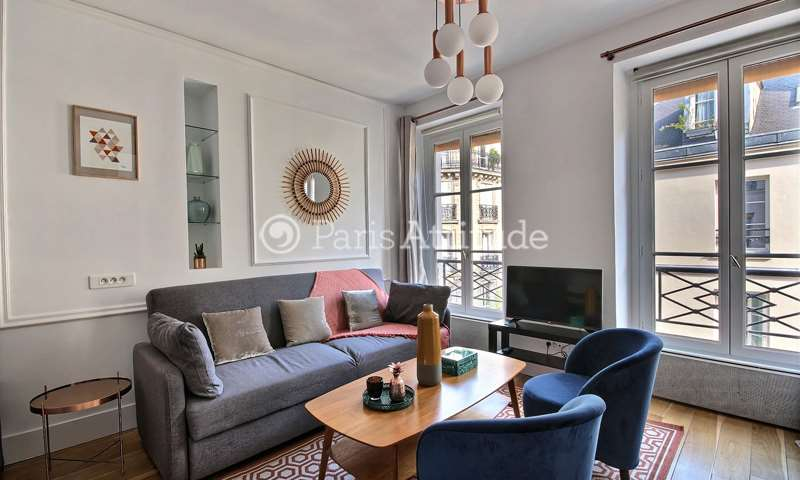 Rent Apartment Studio 29m² rue du Temple, 75003 Paris