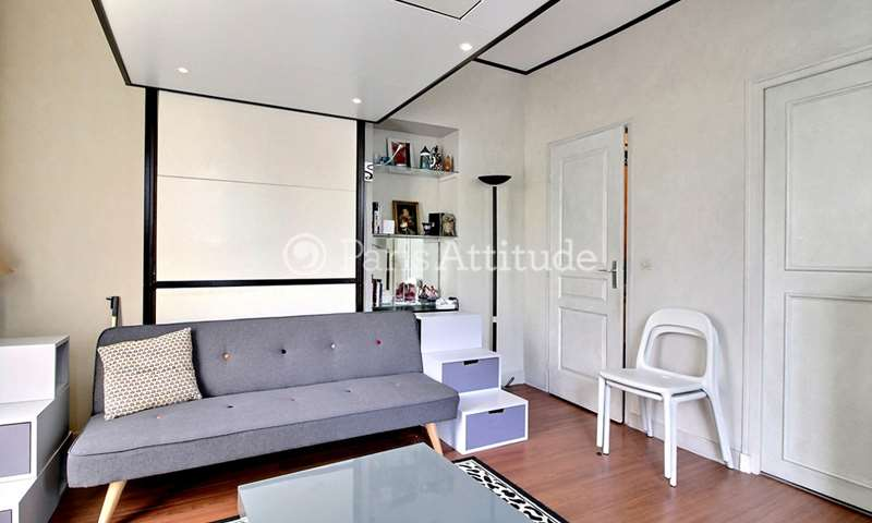 Location Appartement Studio 29m² rue de Charenton, 12 Paris