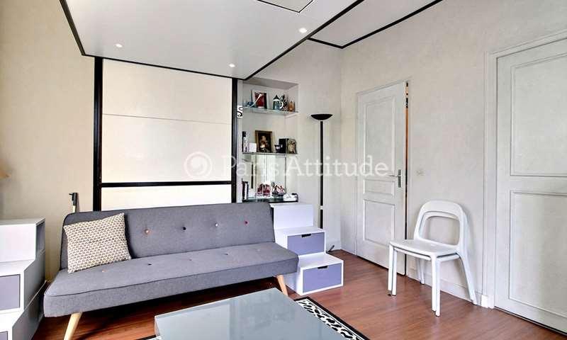 Location Appartement Studio 29m² rue de Charenton, 75012 Paris