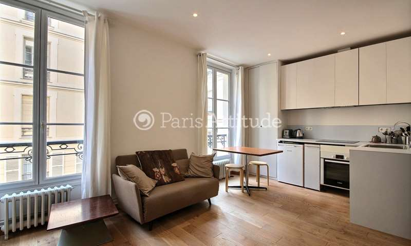 Location Appartement Studio 33m² rue de Grenelle, 7 Paris