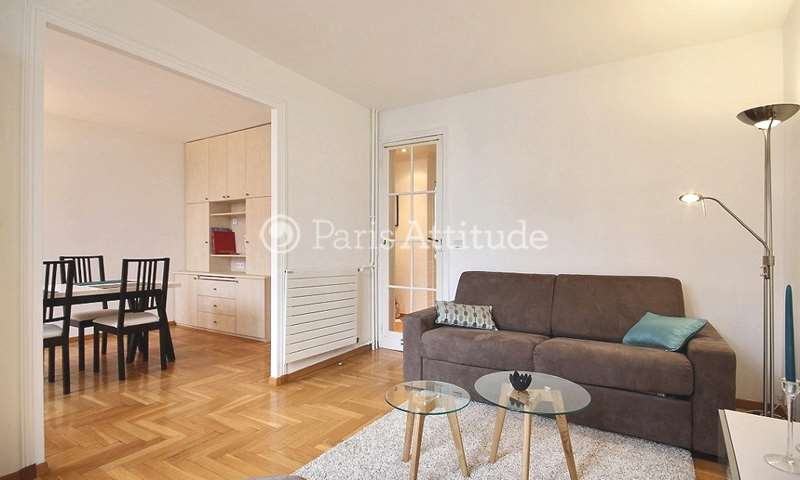 Rent Apartment 1 Bedroom 51m² rue de Vaugirard, 75015 Paris