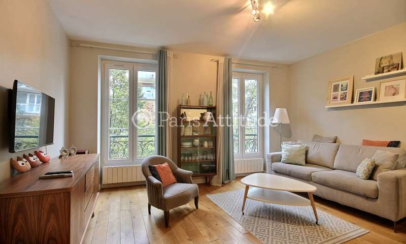 Rent Apartment Studio 23m² rue du Faubourg Saint Martin, 75010 Paris