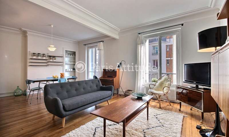 Rent Apartment 2 Bedroom 68m² rue du Faubourg Du Temple, 75010 Paris