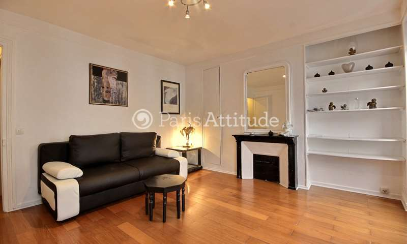 Rent Apartment 1 Bedroom 40m² rue du Faubourg Saint Denis, 75010 Paris