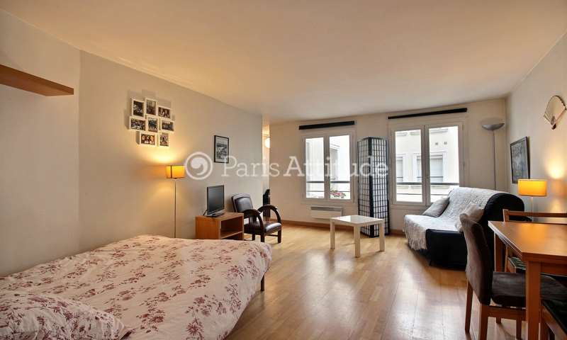 Location Appartement Studio 32m² rue Tronchet, 75008 Paris