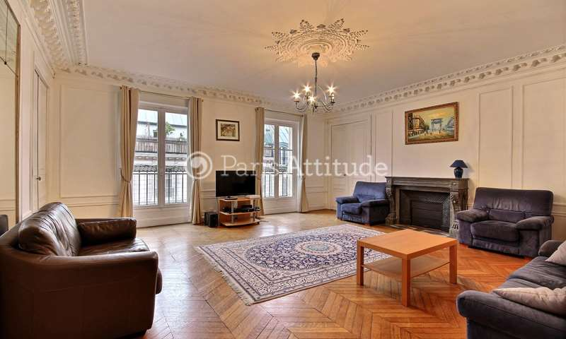 Rent Apartment 3 Bedrooms 155m² rue Rougemont, 9 Paris