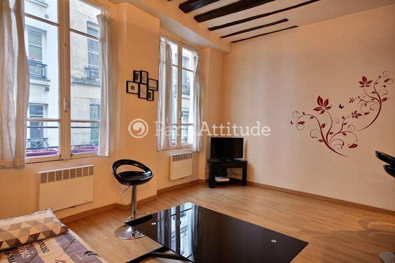 Louer un appartement paris 75002 30m montorgueil for Louer chambre sans fenetre