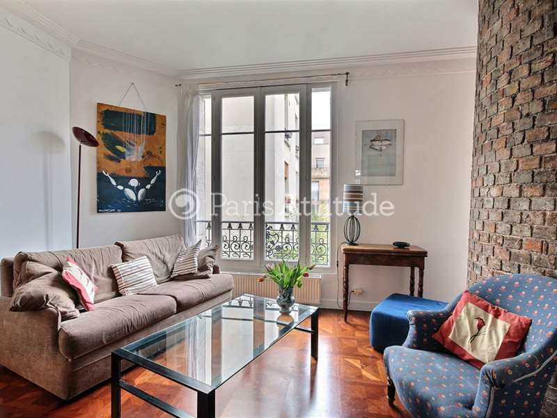 Louer un appartement paris 75019 63m buttes chaumont for Appartement atypique 75019