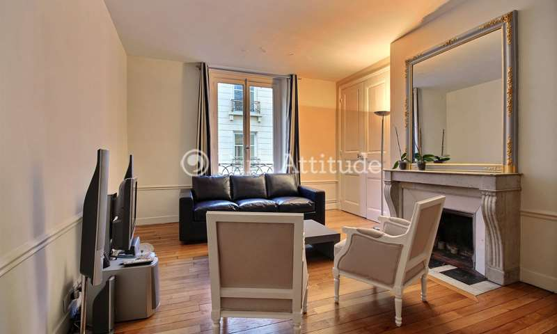 Rent Apartment 2 Bedroom 70m² rue de Gramont, 75002 Paris