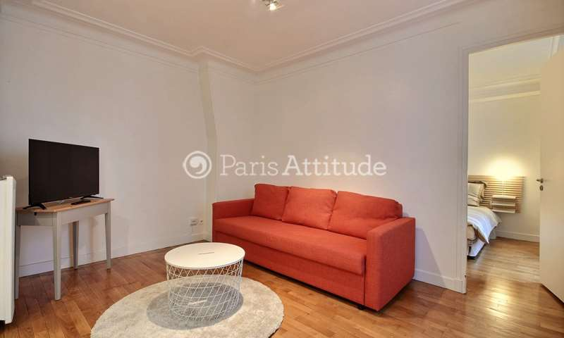 Rent Apartment 1 Bedroom 37m² rue Eugene Sue, 75018 Paris