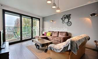 Aluguel Apartamento 2 quartos 69m² rue Piat, 20 Paris