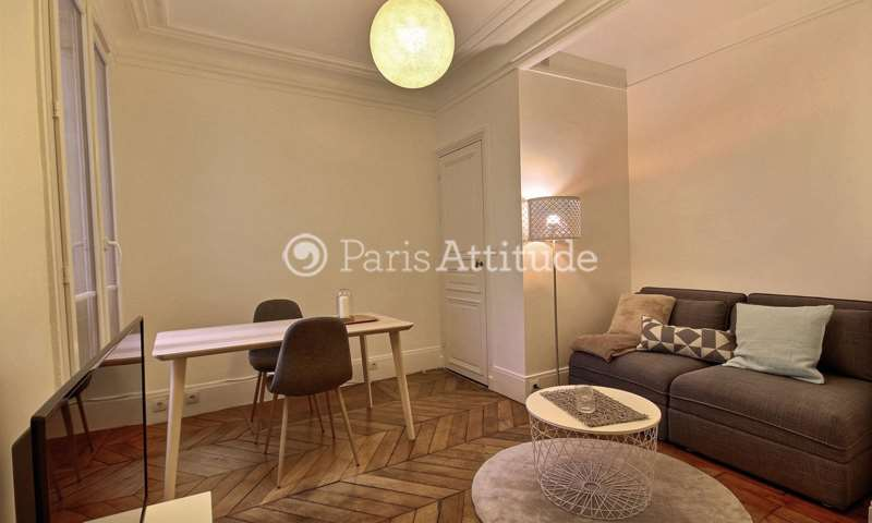 Rent Apartment 1 Bedroom 33m² rue Clapeyron, 8 Paris