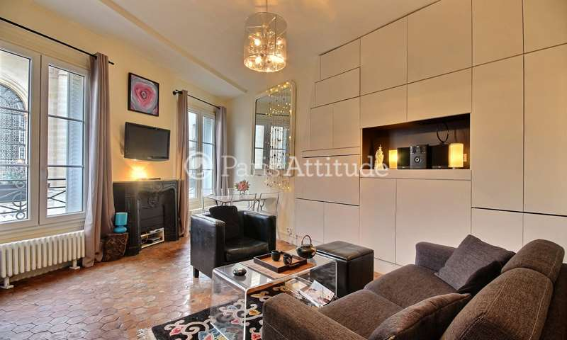 Rent Apartment 1 Bedroom 36m² rue Saint Honore, 75001 Paris