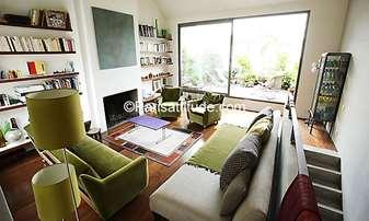 Rent Penthouse 5 Bedrooms 310m² rue des Messageries, 10 Paris