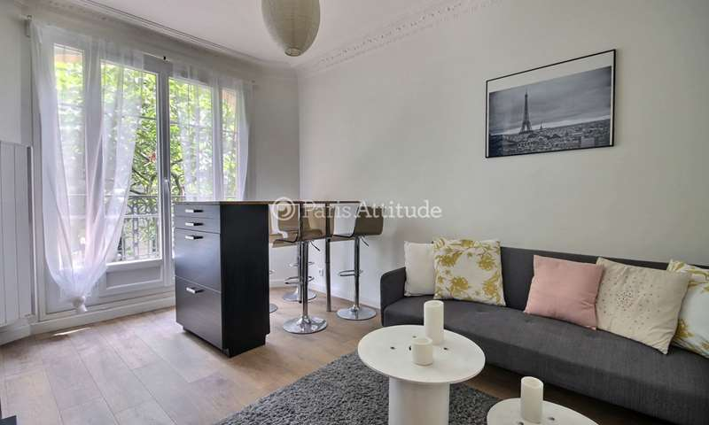 Rent Apartment 2 Bedrooms 50m² rue du Docteur Paquelin, 20 Paris