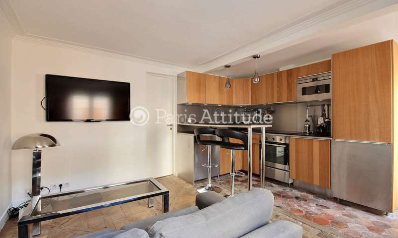 Rent Apartment 1 Bedroom 34m² rue de Paradis, 75010 Paris