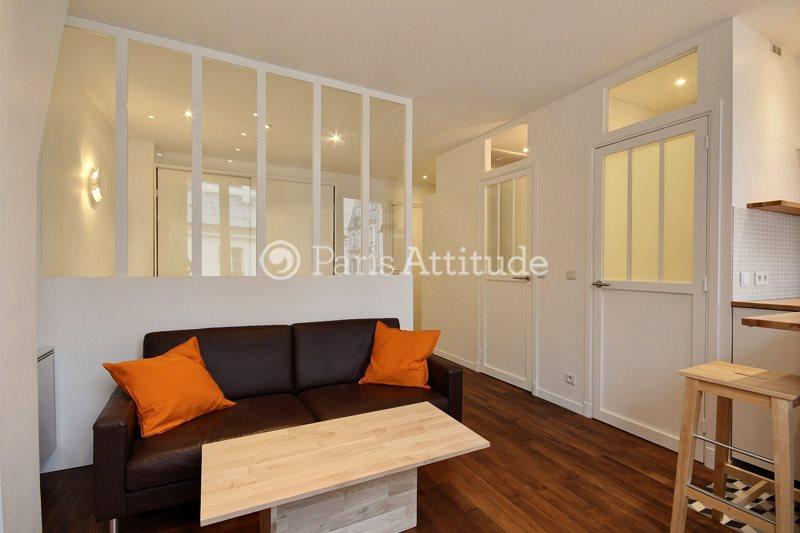 Louer Appartement meublé Alcove Studio 28m² rue Andre Del Sarte, 75018 Paris