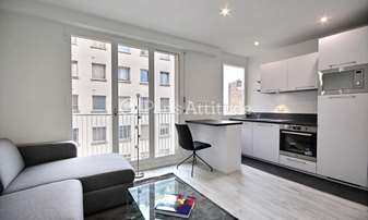 Rent Apartment Studio 25m² avenue Victor Hugo, 16 Paris