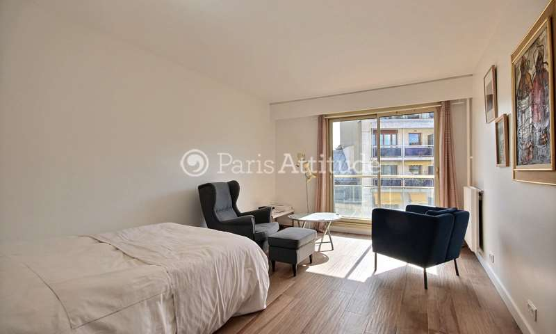 Rent Apartment Studio 33m² rue Jean Baptiste Pigalle, 9 Paris
