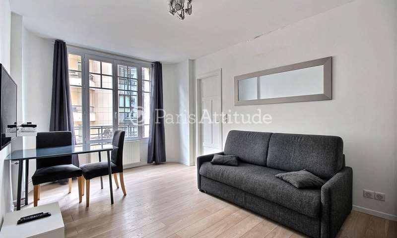 Rent Apartment Studio 20m² rue Championnet, 75018 Paris