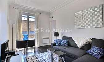 Rent Apartment 1 Bedroom 34m² rue du Mont Cenis, 18 Paris