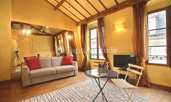 Rent Apartment Studio 30m² rue Saint Louis en l Île, 4 Paris