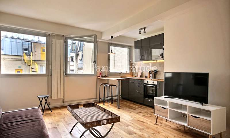 Rent Apartment Studio 29m² avenue Mac Mahon, 17 Paris