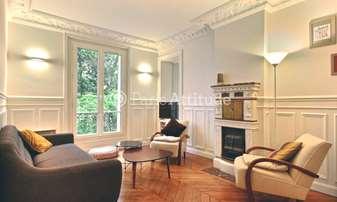 Rent Apartment 2 Bedrooms 77m² rue Jean Baptiste Dumas, 17 Paris