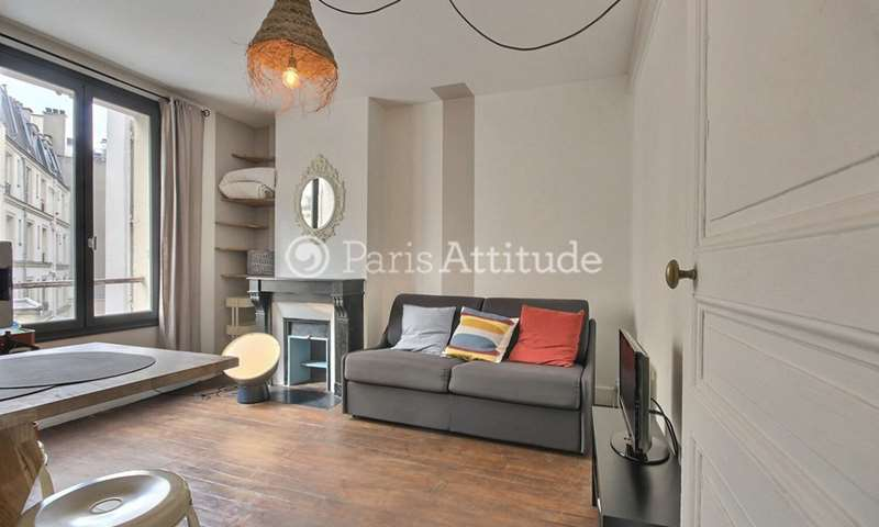 Rent Apartment Studio 17m² rue Frochot, 75009 Paris